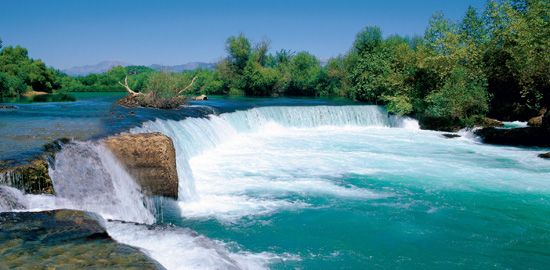 manavgat waterfall b4ae1